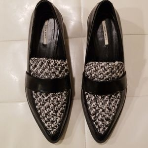 Zara like new houndstooth loafers